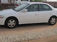 White 2000 Honda Accord, EX, 4 Door Moving overseas and