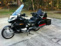 2000 Honda Goldwing SE. Consists of a great deal of