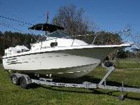 BOAT FOR SALE 2000 23 Hydra Sports Sea Horse Cabin