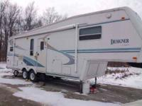 2000 Jayco Designer 2930 5th Wheel This lovely 29.5