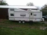 Description Financing Available! 2000 Keystone