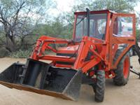 This is a very nice 2000 KUBOTA L3010 HST (Diesel 4WD)