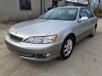 Up for sale we have is 2000 Lexus ES300 with original