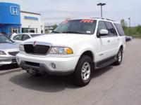 Options Included: N/A2000 Lincoln Navigator!! This