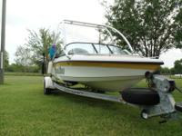This is a 2000 Malibu Sportster LX open bow. It has