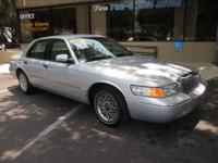 Options Included: N/A2000 Mercury Grand Marquis LS, 8