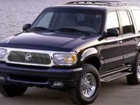 Exterior Color: oxford white, Body: SUV, Engine: Gas V8