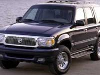 Exterior Color: green, Body: Sport Utility, Engine: Gas