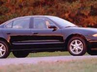 Exterior Color: arctic white, Body: 4dr Car, Engine: