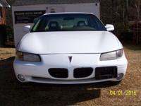 2000 PONTIAC GRAND PRIX SE... WHITE EXTERIOR WITH BEIGE