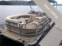 200 Premier 270 Boundary Waters pontoon. Powered by a
