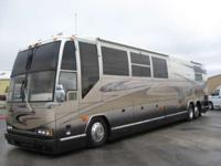 You have to see this bus. RV - Class A Front Diesel