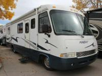 2000 Pursuit RVs 3205S 2000 Pursuit 3205S Class A