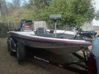 "Ranger 2000, 518VX Commanche, 19' long with 91.5"" beam."