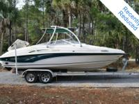 2000 Rinker Captiva 232, only 800hrs, Fuel injected 350