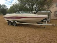 2000 Rinker Captiva 212 very nice boat. Needs new tilt