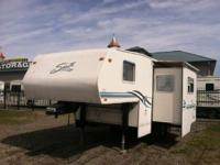 2000 Shasta by Coachmen FLITE 241 GREAT QUALITY FIFTH