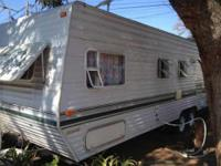 2000 Skyline Layton Lite M261LT Travel Trailer. 27 feet