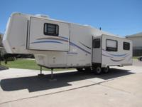 2000 Sportsman 5th Wheel Travel Trailer, excellent