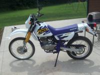 1 OF A KIND 2000 DR 200 DUAL SPORT ROAD OR TRAIL BIKE