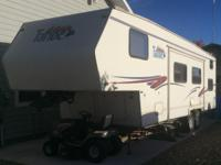Fifth Wheel, M-28DB 32'  13' Slide, Bunk Beds,