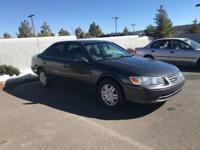 Here's a great deal on a 2000 Toyota Camry! This 4