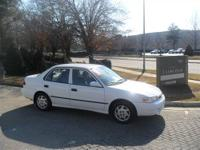 This 2000 Toyota Corolla 4dr CE Sedan features a 1.8L