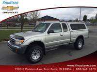 Options:  2000 Toyota Tacoma Base|Silver|Black|Carfax 1