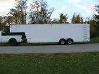 ENCLOSED RACE CAR TRAILER YEAR 2000 VIN