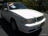 Options:  2000 Volvo S70 Turbo Awd 4Dr Sedan|White|Abs