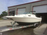 - Stock #079429 - This is a 2000 Wellcraft 24 Coastal