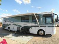 2000 Winnebago Ultimate Freedom, Class A motorhome with