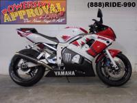 2000 Yamaha R6 Crotch Rocket for sale only $2,900! WOW
