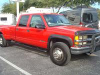 LS MODEL. 8' BED. 4X4. 2000 Chevrolet 1-TON 4X4 CREWCAB