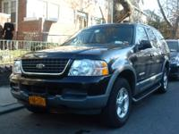 Hello I'm selling a 2000 ford explorer XLT runs and