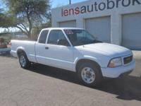 Options:  2000 Gmc Sonoma Nice Extended Cab S10 Pickup