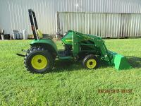 2000 John Deere 4200 HST 4x4 with JD QT Loader, Low Hr