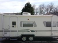 3110 lb. 1/2 towable trailer. Excellent condition. Non
