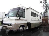 * 2001 30' WINNEBAGO ITASCA SUNRISE MOTORHOME MODEL