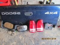 2001 4x4 dodge Dakota  Dodge Dakota tail gate with