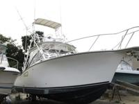 2001 Albemarle 305 Express Fisherman fishing boat. This