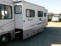 2001 ALLEGRO TIFFIN 32' FEET LONG 2 SLIDES ONE IN THE