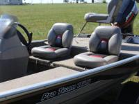 2001 Bass Tracker Pro Team 165 Mercury 25hp 4 stroke.
