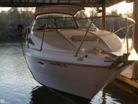 This Bayliner 2855 is perfect for overnights or