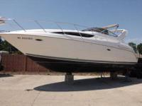 Barely used 2001 Bayliner 3055 with only 116 hours on