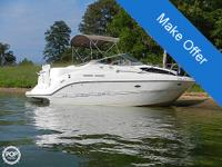 2001 Bayliner 2655 Ciera Express Cruiser in exceptional