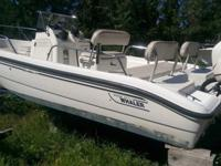 ,,,,,,,2001 Boston Whaler dauntless 18 foot 150 hp