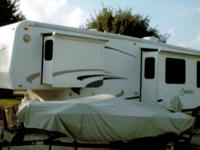 2001 Cameo LXI Carriage, Length: 35, 3 Slides, Sleeps
