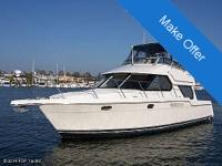2001 Carver Voyager 374 this boat is kept in fresh