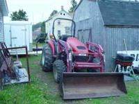 2001 Case DX 45 VERY LOW HOURS (817.8) One Owner